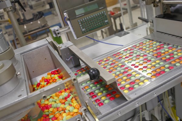 Packaging line – the packaging of Pikovit lozenges